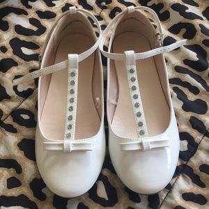 GIRLS- White Patent leather & Rhinestone MaryJane